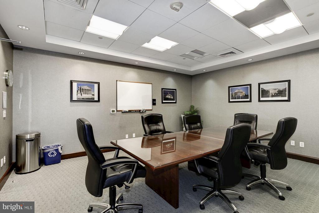 Conference room - 1020 HIGHLAND ST #1017, ARLINGTON