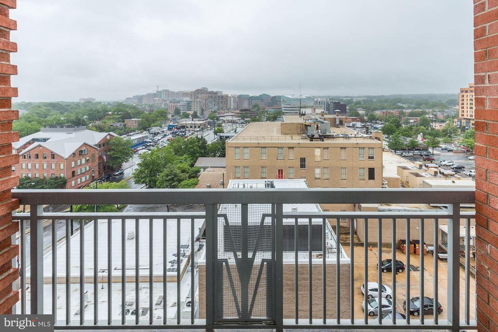 Rare unobstructed views!!! - 1020 HIGHLAND ST #1017, ARLINGTON