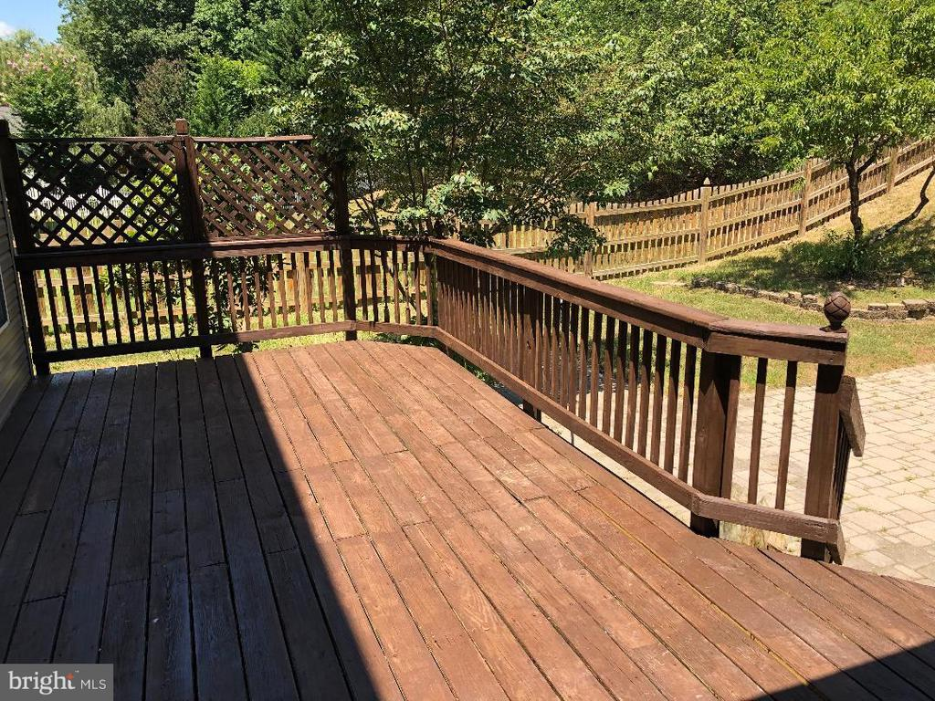 Deck - 2876 MYRTLEWOOD DR, DUMFRIES