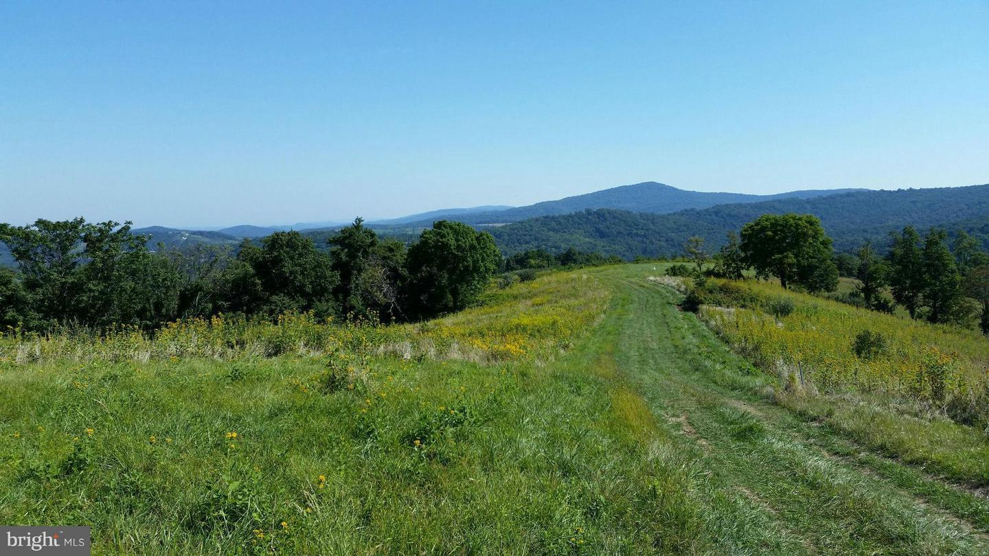 Photo of home for sale at Harmony Hollow Road, Front Royal VA