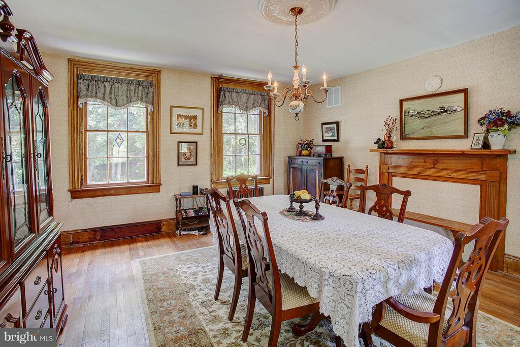 Dining Room - 15286 LOYALTY RD, WATERFORD
