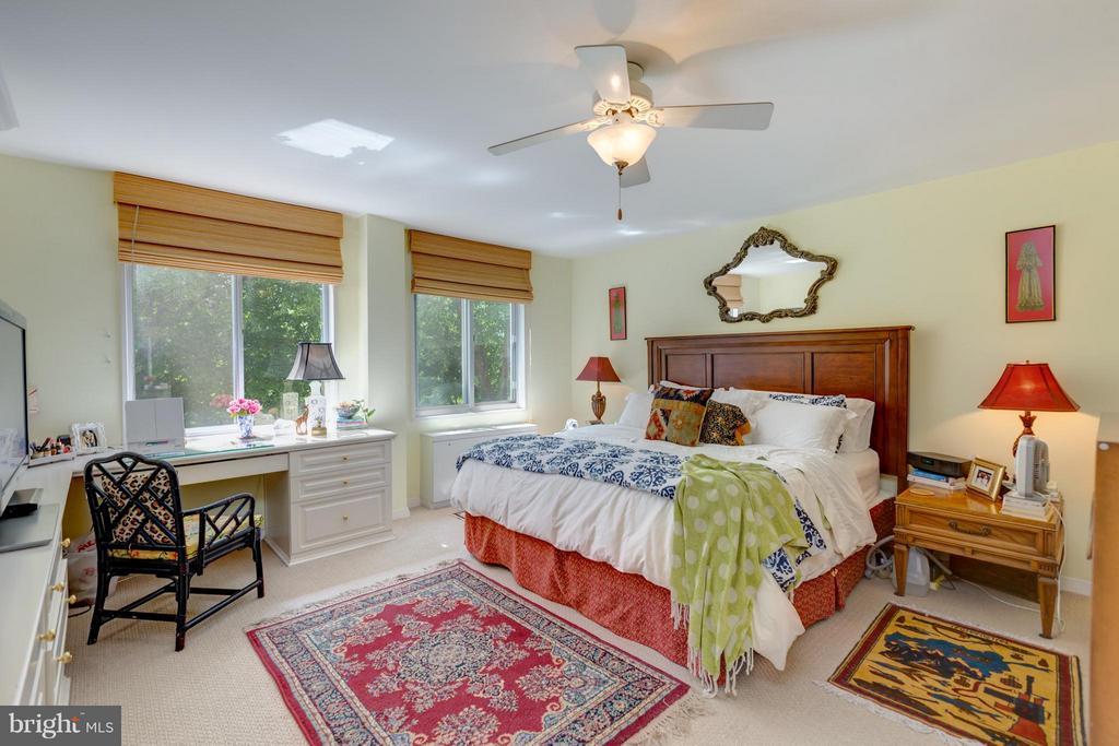 Bedroom (Master) - 1200 NASH ST N #551, ARLINGTON