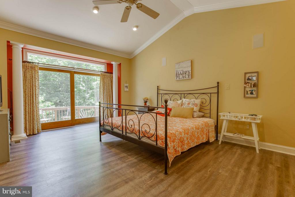 Bedroom (Master) - 7961 BAILEYS JOY LN, WARRENTON