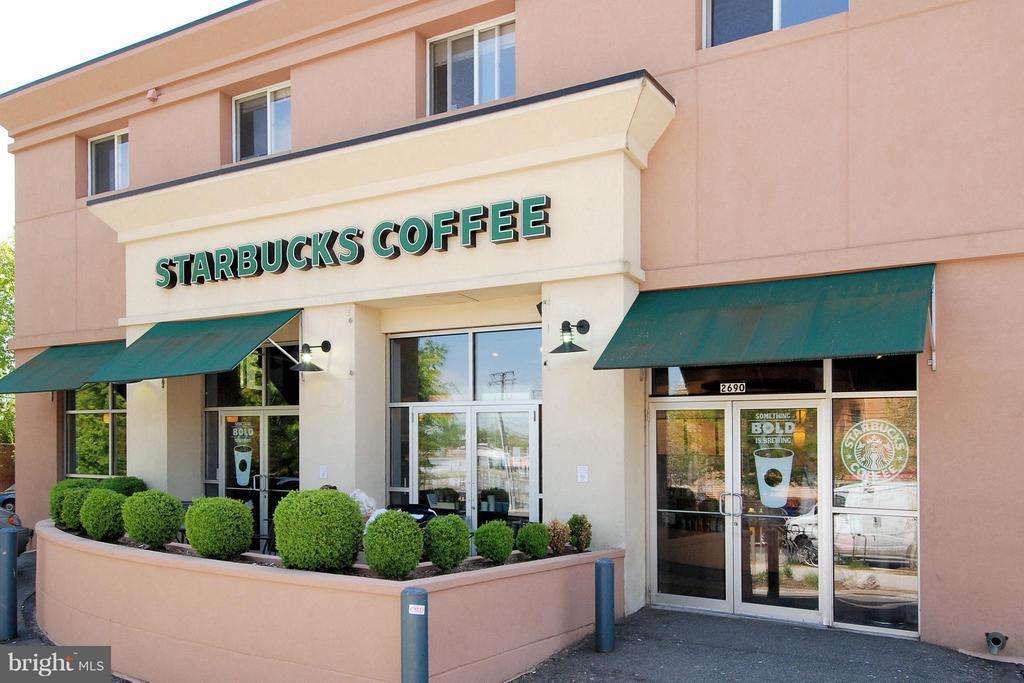 Starbucks Walkable - 2100 LEE HWY #220, ARLINGTON