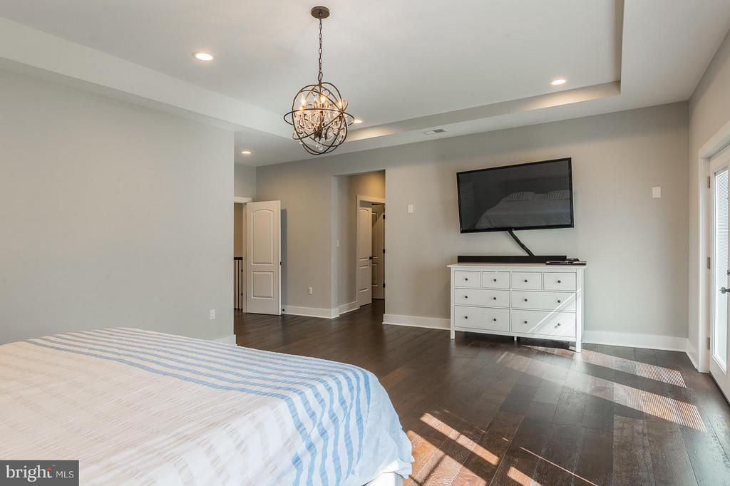 Along with office, walk-in closet and custom bath - 7337 PAXTON RD, FALLS CHURCH