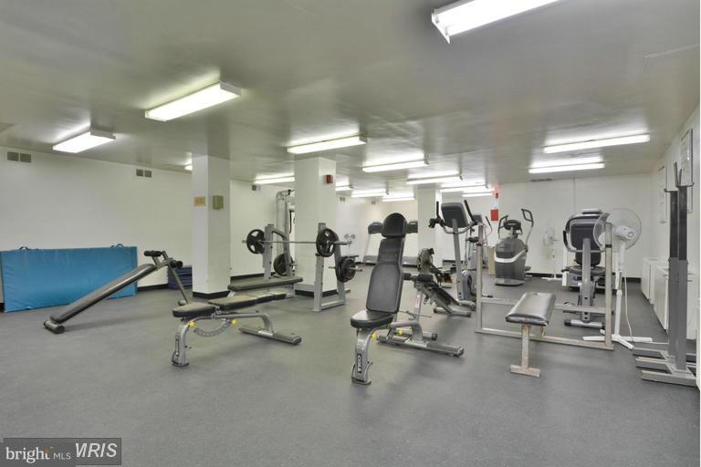 Onsite fitness center - 2500 VAN DORN ST N #124, ALEXANDRIA