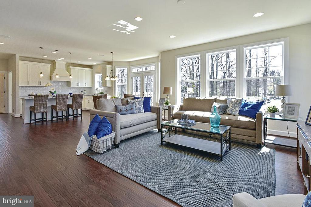 Family Room - 11319 BELLMONT DR, FAIRFAX