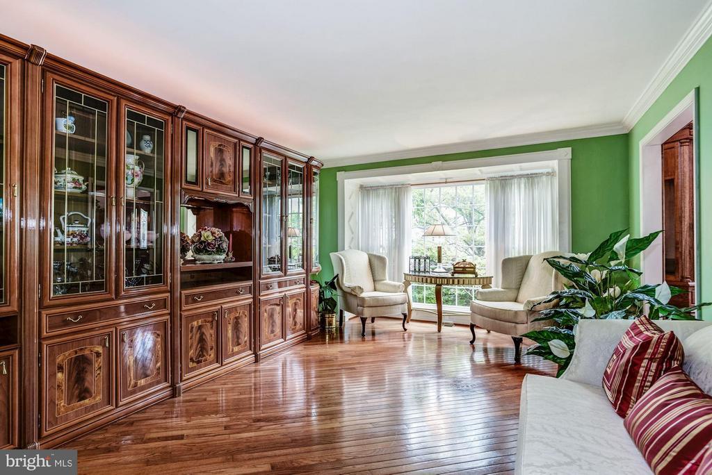 Formal Living room - 6607 ENGLISH SADDLE CT, CENTREVILLE