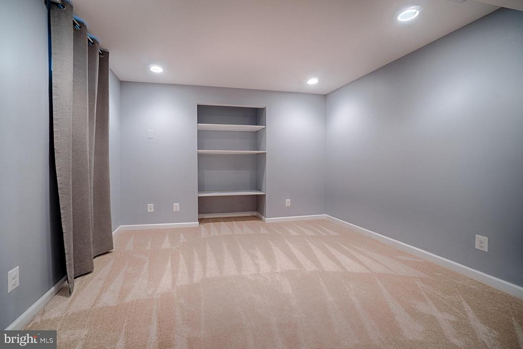 Lower Level Exercise or Play Room - 1388 PARK LAKE DR, RESTON