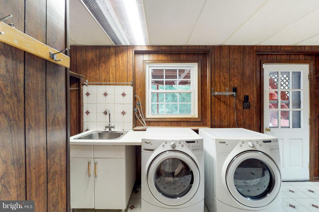 Interior practical layout for Laundry - 5713 PALIN PL, ALEXANDRIA