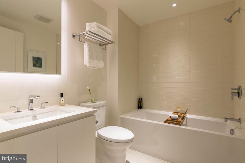 Bath - 2501 M ST NW #408, WASHINGTON