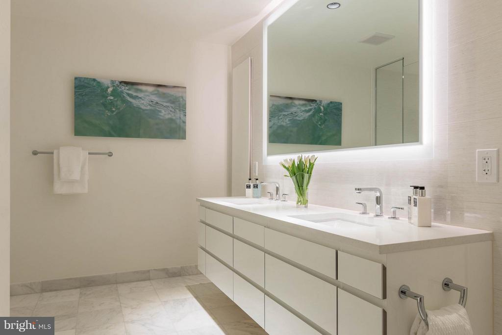 Bath (Master) - 2501 M ST NW #408, WASHINGTON
