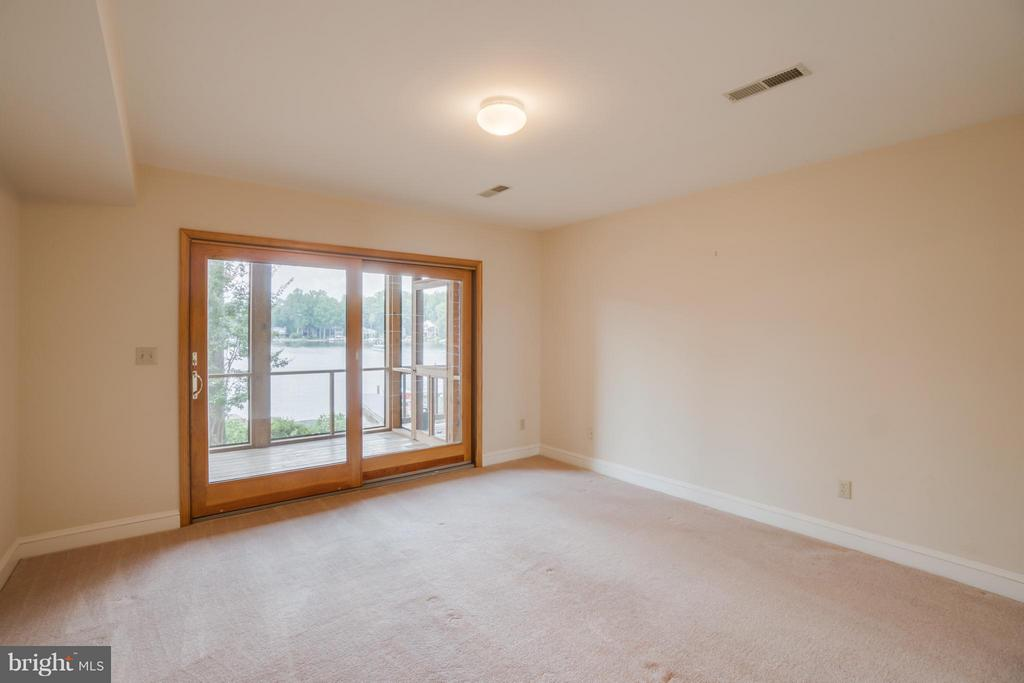 Bedroom that Walks out onto Screened Porch!!! - 232 BEACHSIDE CV, LOCUST GROVE