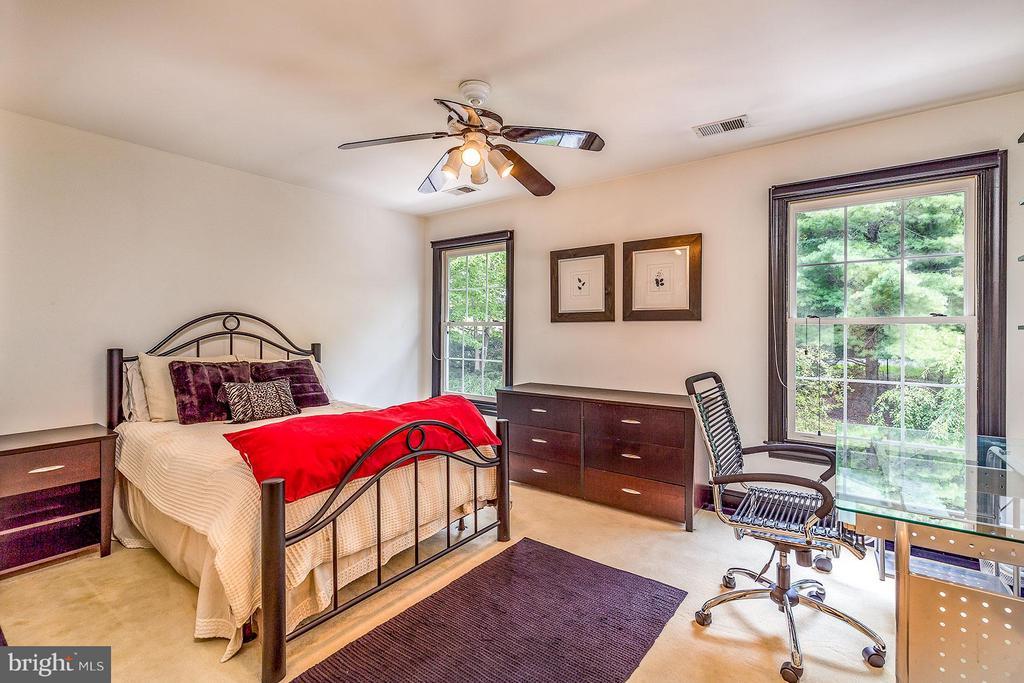Bedroom - 2979 WESTHURST LN, OAKTON