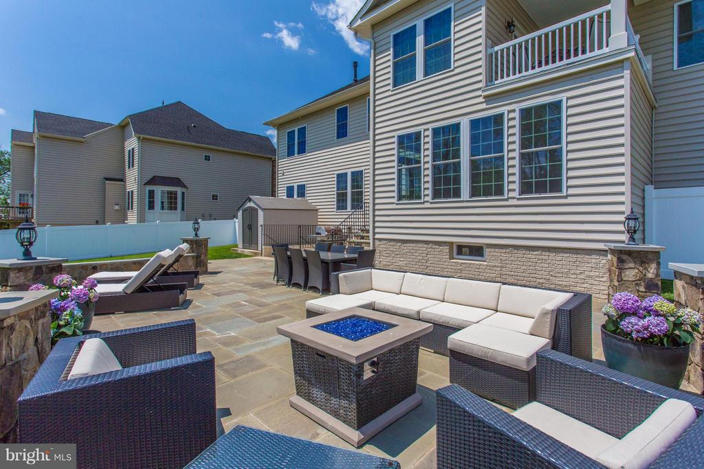Resort-like stone patio just completed - 9427 FERRY LANDING CT, ALEXANDRIA
