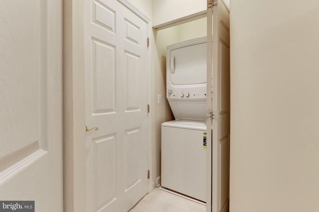 New washer and dryer - 2330 14TH ST N #201, ARLINGTON
