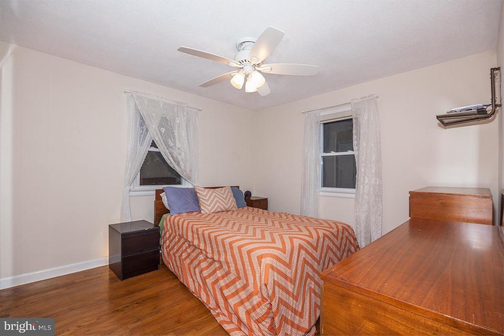 Bedroom (Master) - 5202 CEDAR RD, ALEXANDRIA