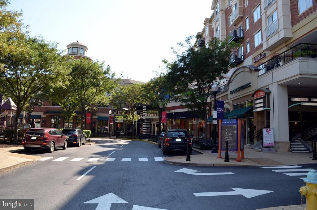 Shop, Dine & Explore - 2330 14TH ST N #201, ARLINGTON