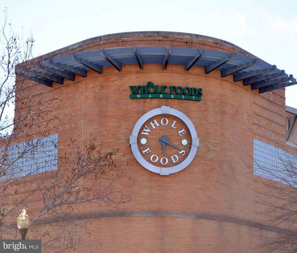 and  Whole Foods too! - 2330 14TH ST N #201, ARLINGTON