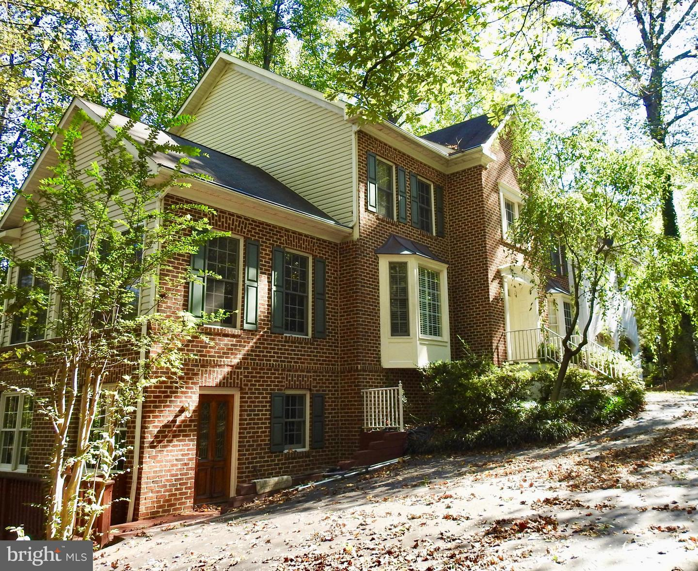 Single Family for Sale at 6639 Hawthorne St McLean, Virginia 22101 United States
