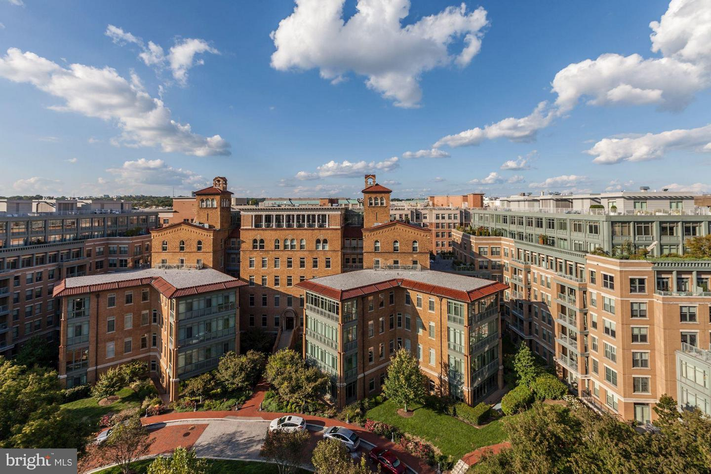 Single Family for Sale at 2425 L St NW #621 Washington, District Of Columbia 20037 United States