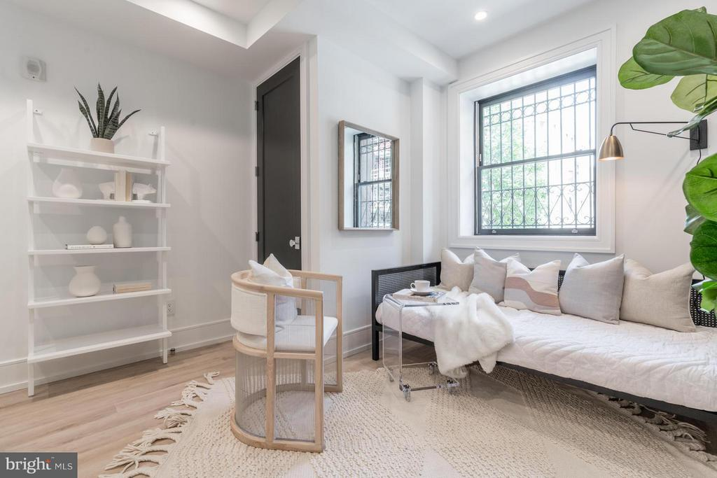 Bed has two closest with organization systems - 1524 18TH ST NW #1, WASHINGTON