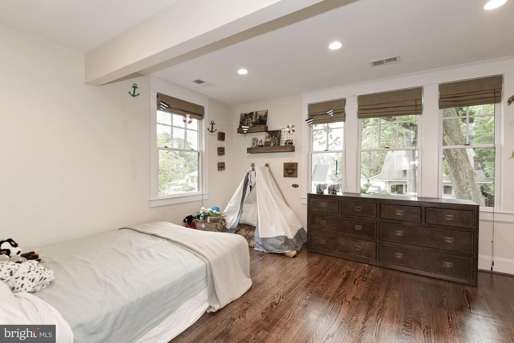 Bedroom - 511 LINCOLN ST N, ARLINGTON