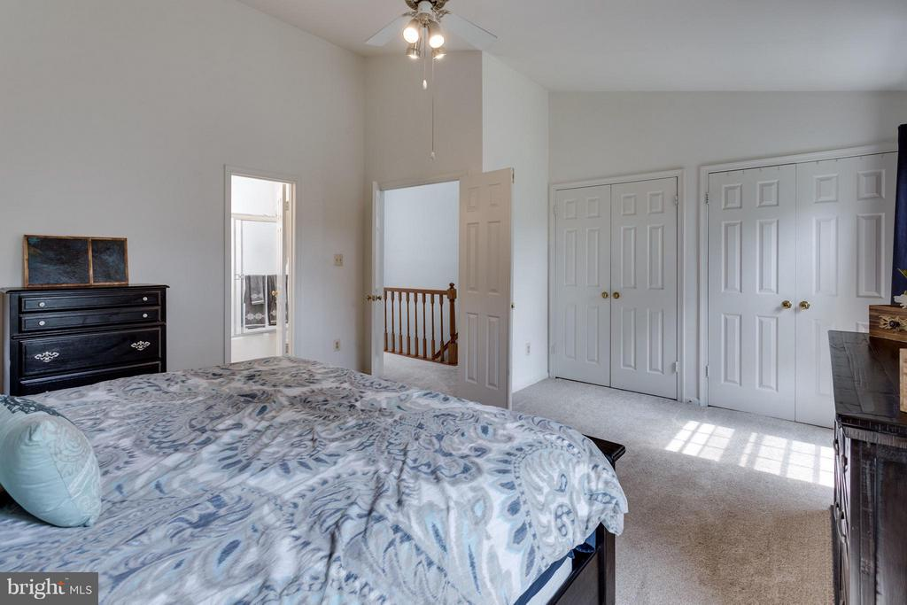 Both master bedrooms have two closets - 4253 FOX LAKE DR, FAIRFAX