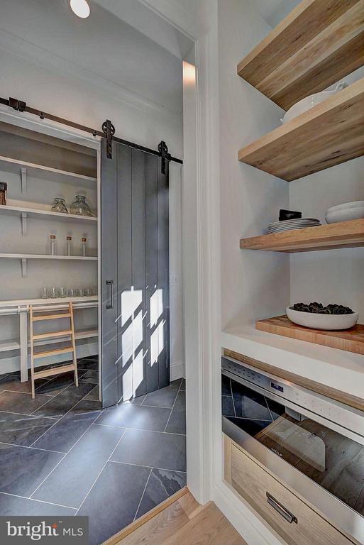 Proper custom built pantry - 8621 MCHENRY ST, VIENNA