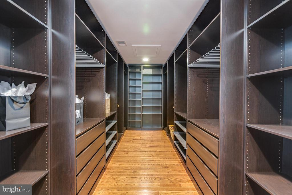 Beautiful Master BR Closet - 3151 ANNANDALE RD, FALLS CHURCH