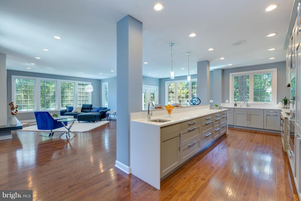 Gourmet Kitchen with Center Island - 3151 ANNANDALE RD, FALLS CHURCH