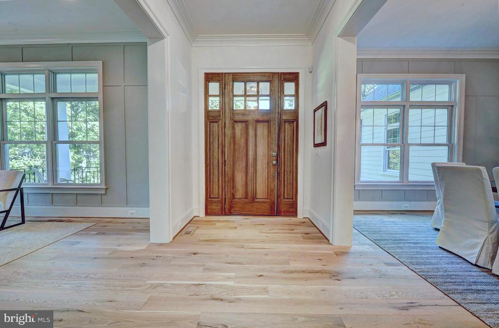 Foyer - White Oak Floors - Mahogany Door - 8621 MCHENRY ST, VIENNA