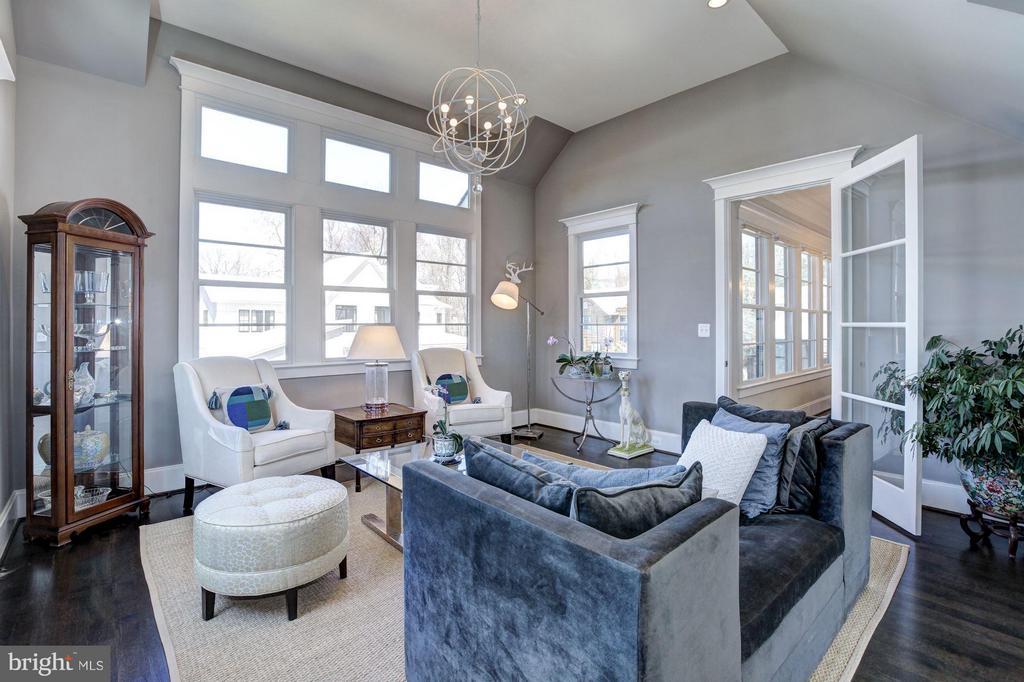 Living Room - 4957 ROCK SPRING RD, ARLINGTON