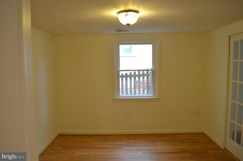 Formal with goerous french doors and pocket doors. - 3804 14TH ST N, ARLINGTON