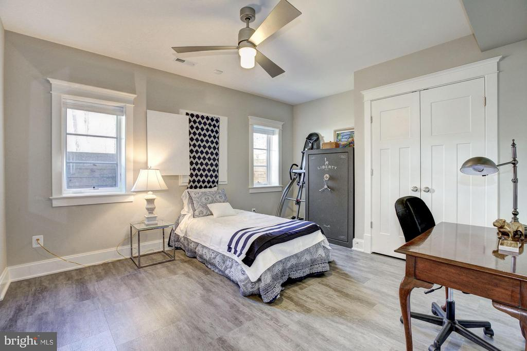Bedroom #5 - 4957 ROCK SPRING RD, ARLINGTON