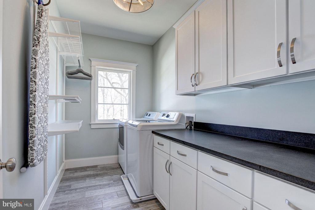 Upper Level Laundry Room - 4957 ROCK SPRING RD, ARLINGTON