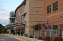 One block from Washington-Lee H.S. - 3804 14TH ST N, ARLINGTON