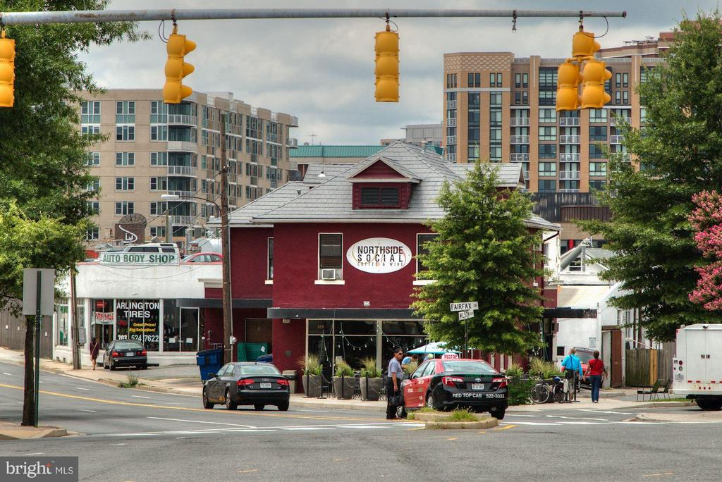 Northside Social (coffee, food, wine) nearby - 1200 HARTFORD ST N #112, ARLINGTON