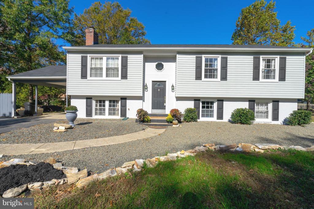 3802  STONEYBROOKE COURT 22306 - One of Alexandria Homes for Sale