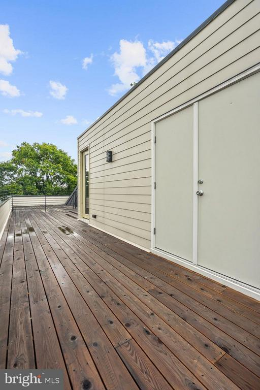 Storage Closet on Private Roofdeck! - 210 P ST NW #UNIT #3, WASHINGTON