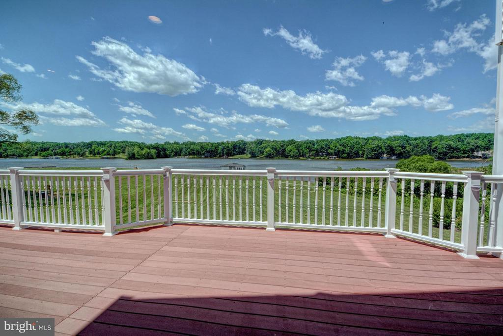 Back Deck - 7480 DON RD, MINERAL