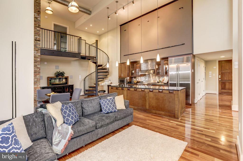 Open concept living - 1600 CLARENDON BLVD #W301, ARLINGTON