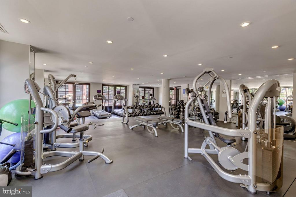 On site fitness center - 1600 CLARENDON BLVD #W301, ARLINGTON