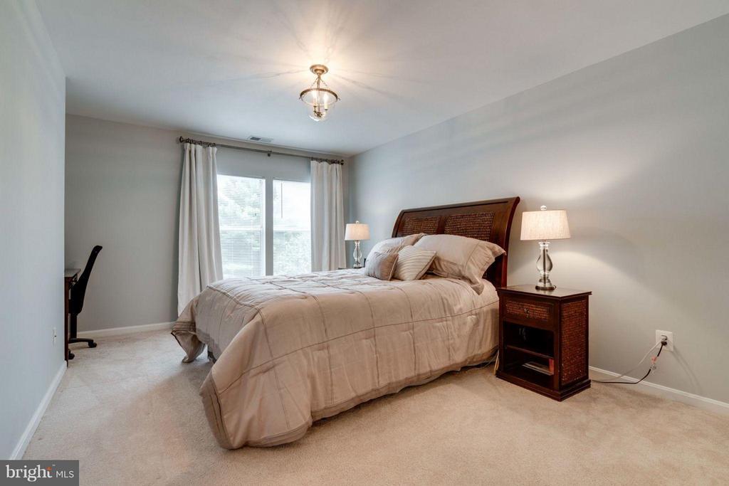 Bedroom (Master) - 7705 LAFAYETTE FOREST DR #23, ANNANDALE