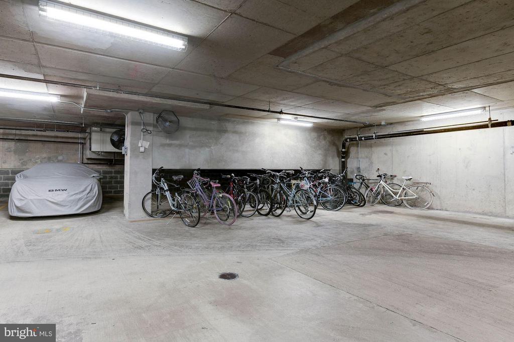 Bike storage near your parking spaces - 1600 CLARENDON BLVD #W301, ARLINGTON