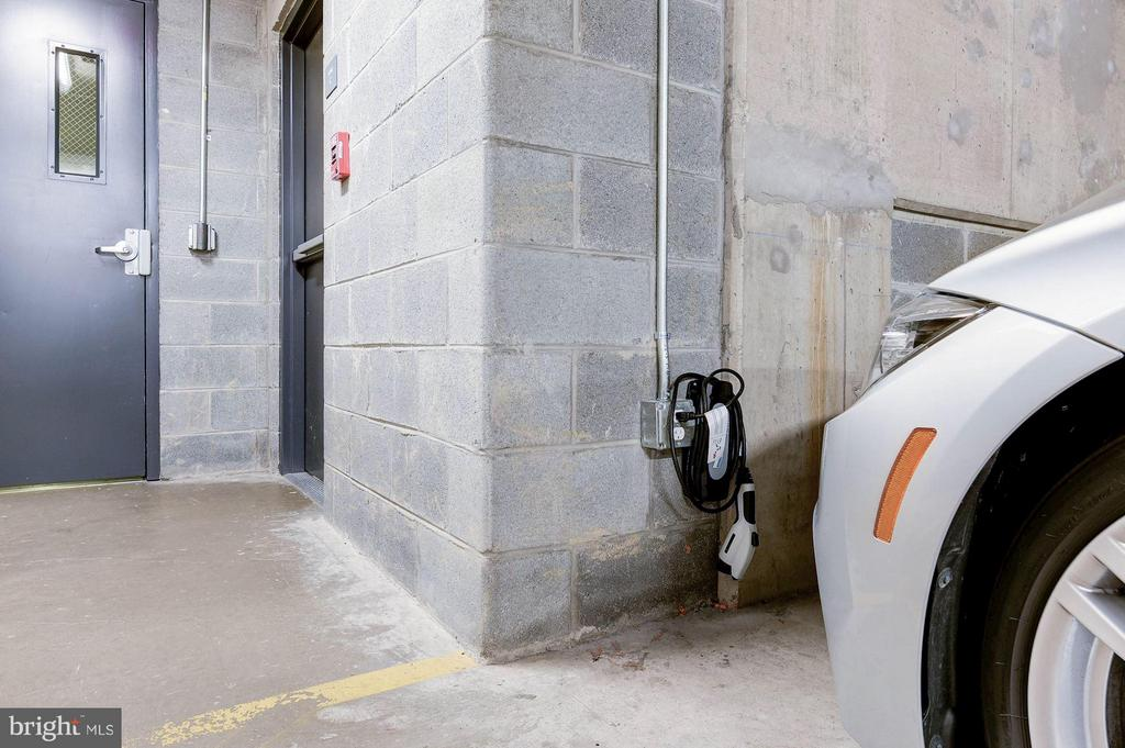 Electric car hook-ups right outside the elevator - 1600 CLARENDON BLVD #W301, ARLINGTON