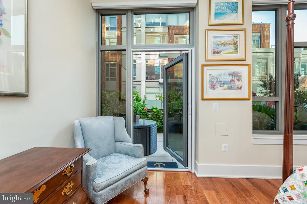 Patio access from master bedroom - 601 FAIRFAX ST N #212, ALEXANDRIA