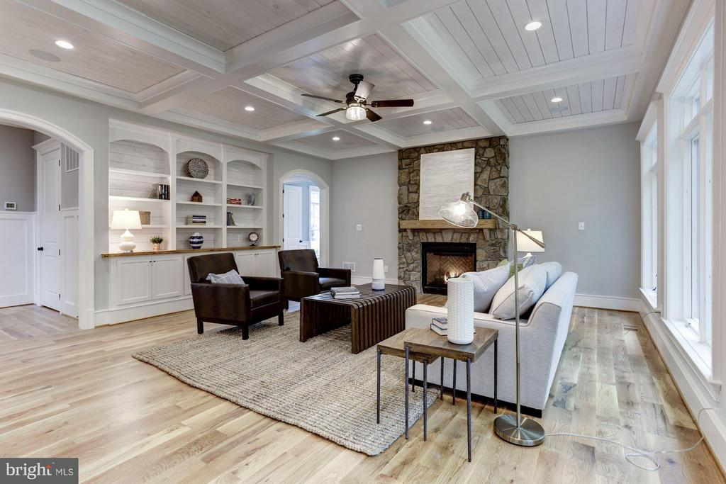 Family Room-shiplap ceiling stone fireplace - 3411 WOODROW ST, ARLINGTON