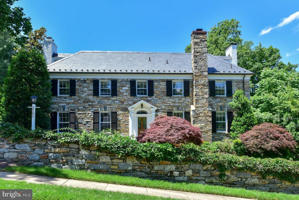Stately Stone and Brick Colonial - 2101 WALTONWAY RD, ALEXANDRIA