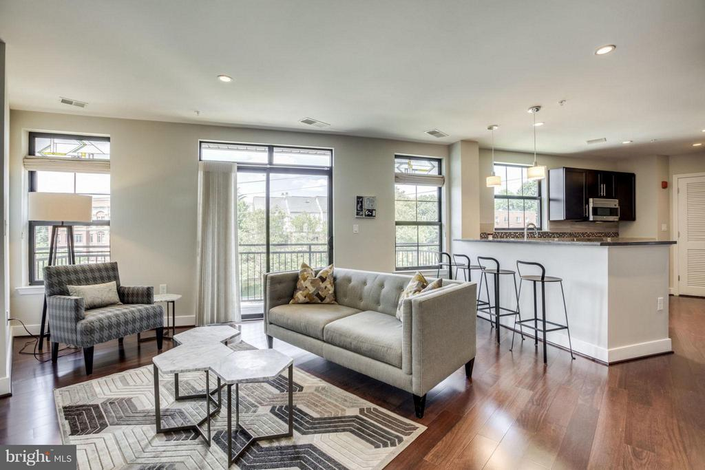 Living Room with SGD to Large Private Balcony - 2702 LEE HWY #3B, ARLINGTON